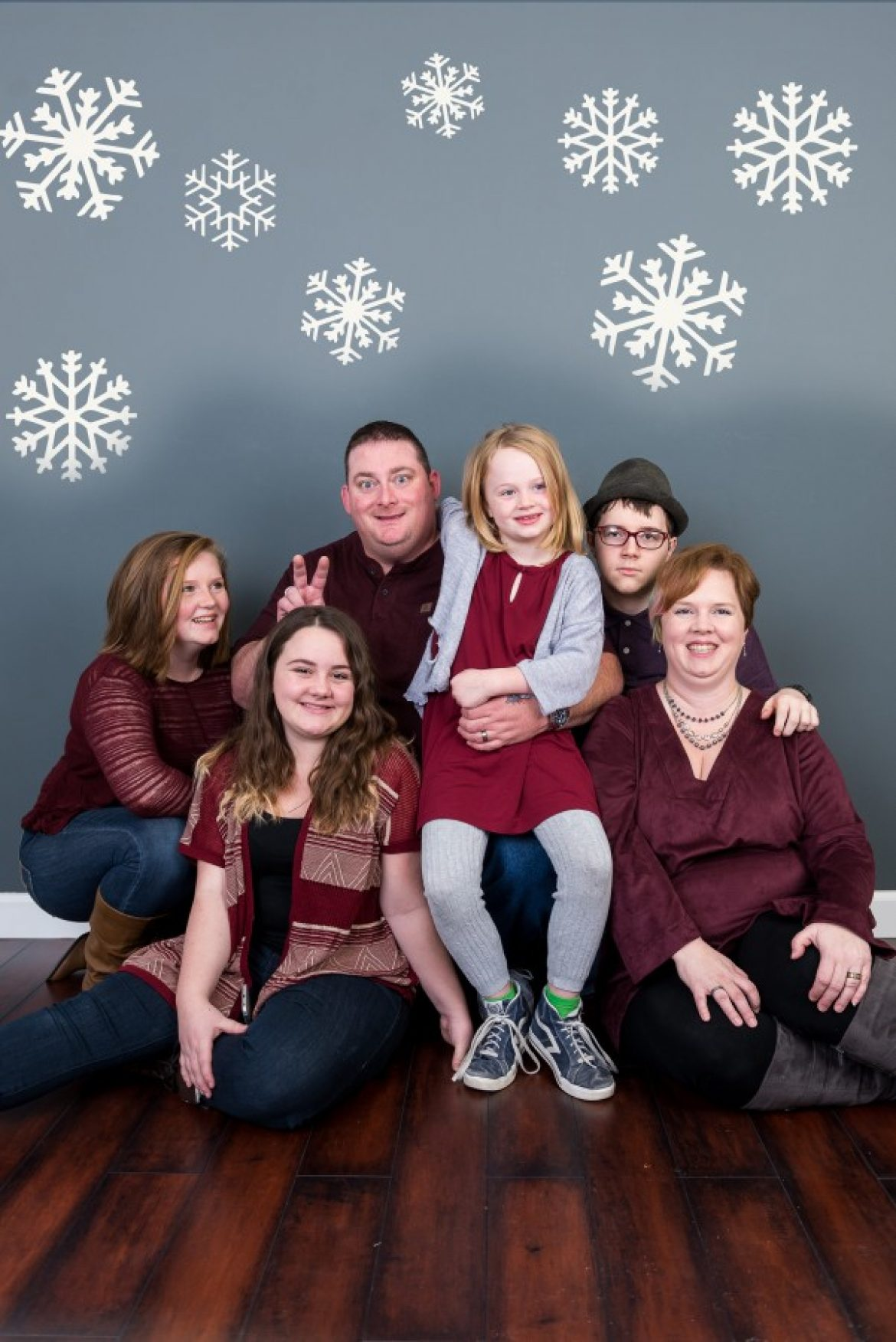 Christmas Mini Sessions Satterfield, Applegarth, and Hansel Families | Lincoln Nebraska Family Photography